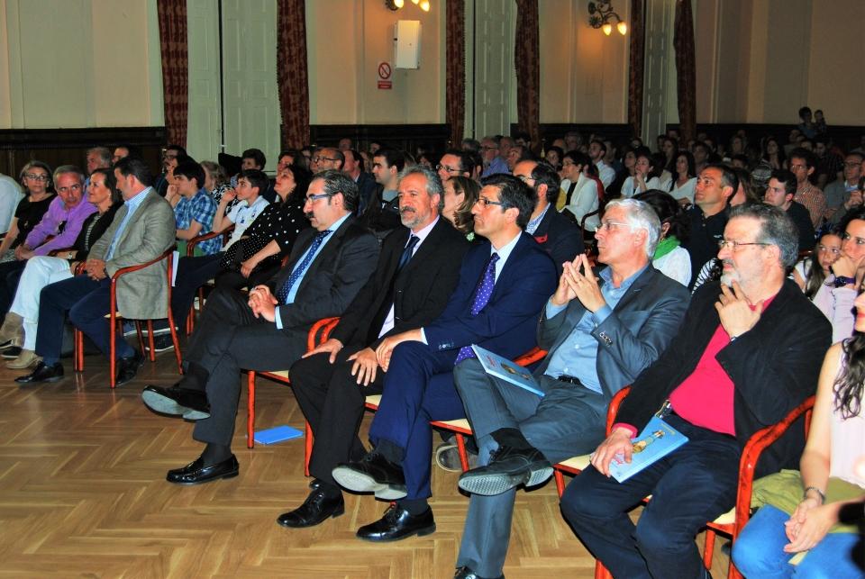 aniversario autoridades sentadas (2)